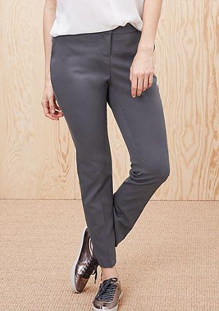 Raztegljive poslovne hlače