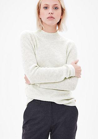 Rebrasto pleten pulover s stoječim ovratnikom