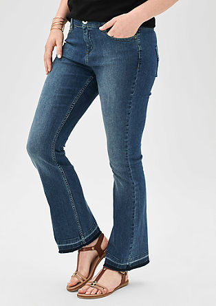 Regular: jeans met onafgewerkte zoom