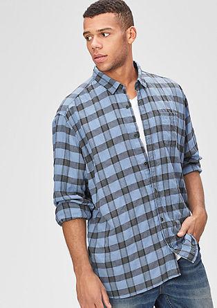Regular: karirasta srajca z vezenino