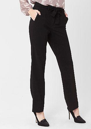 Regular: klasične poslovne hlače