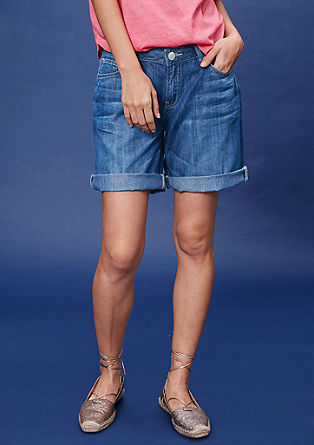 Regular: Shorts aus Used-Denim