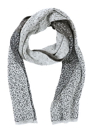Reversible scarf with shimmering yarn from s.Oliver