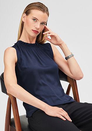 Satenasta bluza brez rokavov z nabranim ovratnikom