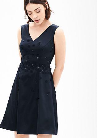 Satin-Kleid mit Blüten-Applikation