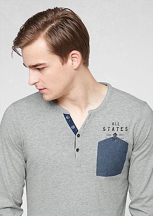 Schmales Shirt mit Brusttasche