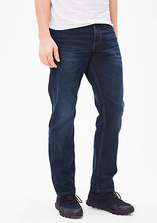 Scube Relaxed: Dark denim jeans from s.Oliver