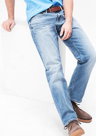 Scube Relaxed: Helle Jeans mit Gürtel