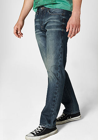 Scube Relaxed: jeans with distressed details from s.Oliver