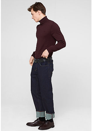Scube Relaxed: raw denim jeans with a belt from s.Oliver