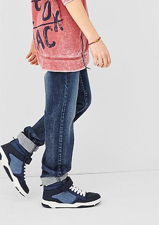 Seattle: jeans met slijtageplekken