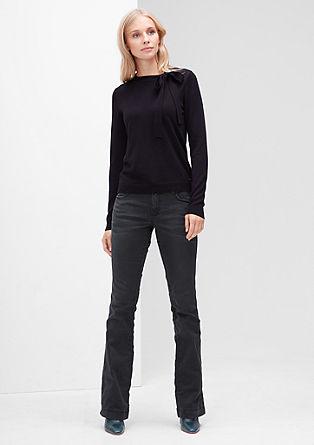 Shape bootcut: donkere jeans met uitlopende pijpen