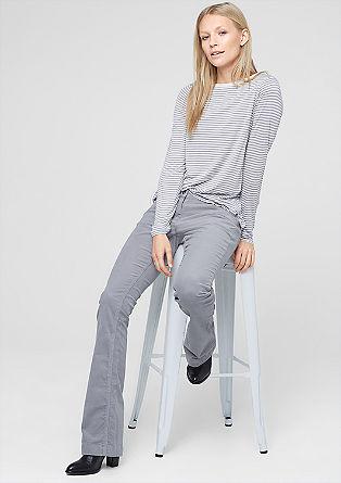Shape Bootcut: Raztegljive žametne hlače