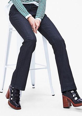Shape Bootcut: surov jeans