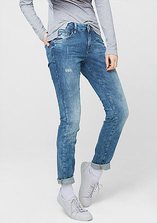 Shape Skinny: Destroyed Denim