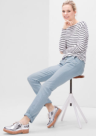 Shape slim: Coloured stretchjeans