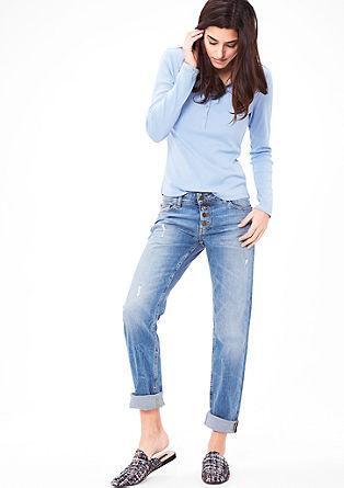 Shape Slim: Used-Jeans mit Knöpfen