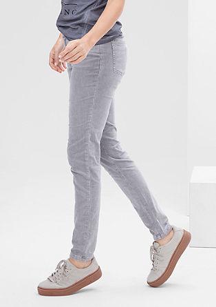 Shape Superskinny: Raztegljive žametne hlače