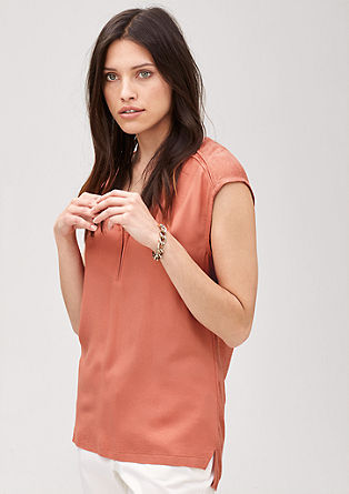 Shirt van een materiaalmix
