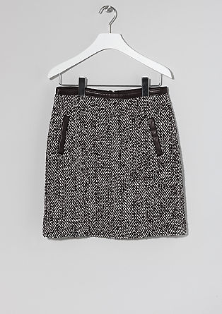 Short monochrome skirt from s.Oliver