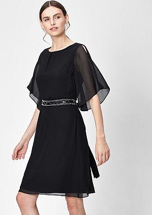 Šifónové šaty se saténovým páskem na zavázání