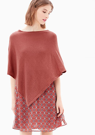 Simple fine knit poncho from s.Oliver
