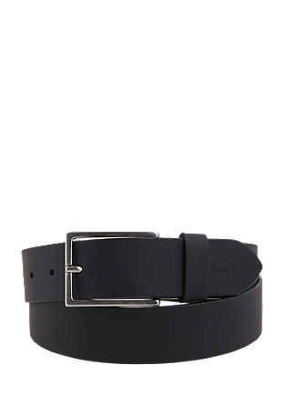 Simple leather belt from s.Oliver