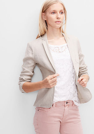 Simple linen blazer from s.Oliver