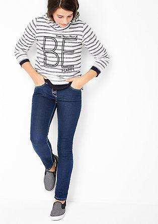 Skinny Suri: jeans hlače z gumbi