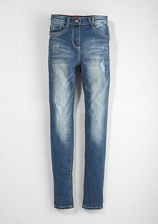 Skinny Suri: jeans hlače z visokim pasom
