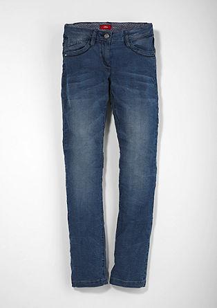 Skinny Suri: raztegljive modre jeans hlače