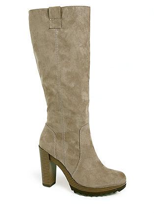 Škornji iz velurja s plato podplatom