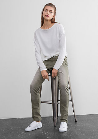 Slim: Colored Denim mit Stretch