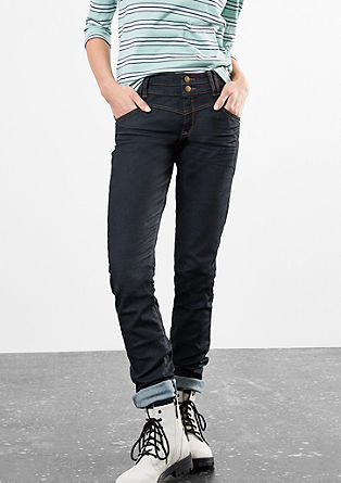 Slim: Dark Denim mit Sattelbund