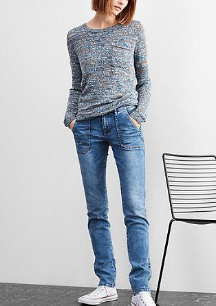 Slim: jeans hlače s podrobnostmi z gumbi