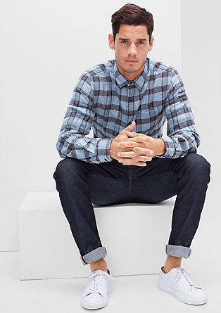 Slim: Karo-Hemd mit Webmuster