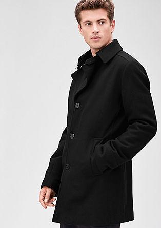 Slim: modieuze korte wollen mantel