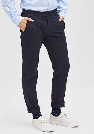 Slim: ozke hlače iz tvila