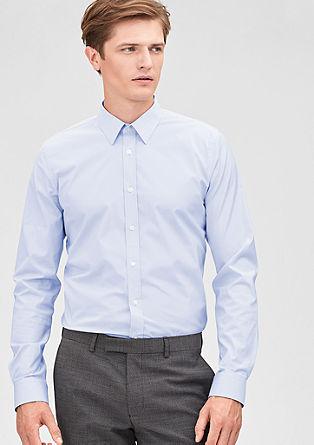 Slim: smal overhemd met lange mouwen