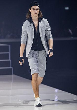 Slim: športne bermude hlače