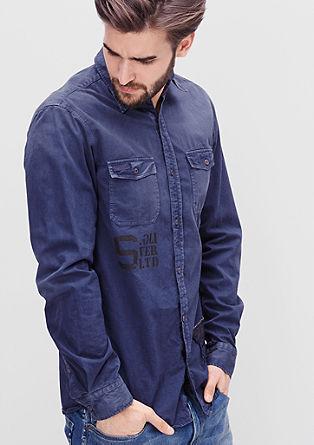 Slim: srajca obrabljenega videza z vezenino