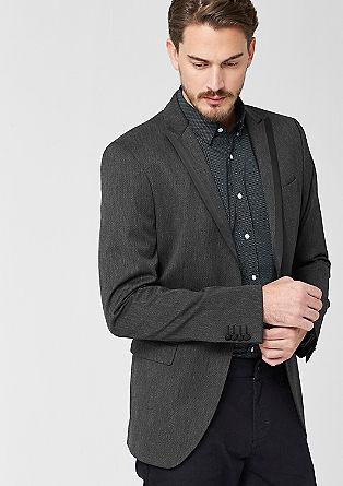 Slim: suknjič s tkano strukturo