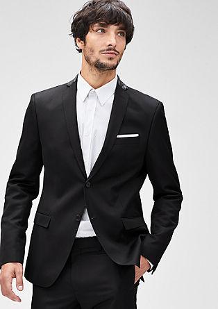 Slim: svečani suknjič s poudarki