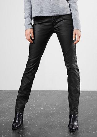 Slim fit: imitatieleren broek