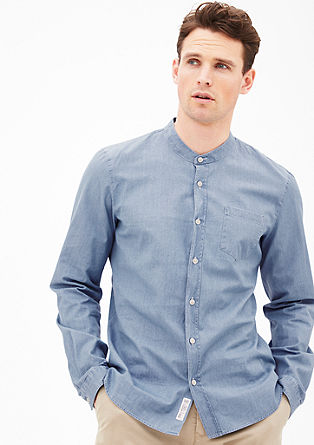 Slim fit: licht denim shirt