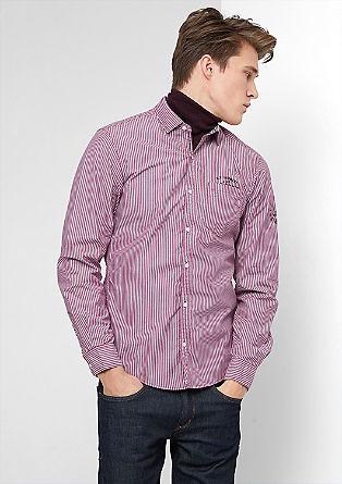 Slim fit: overhemd met fijne strepen en artworks