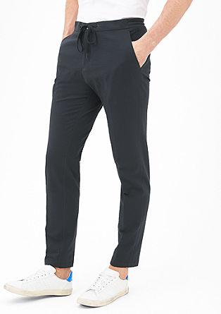 Slim fit: Pantalon met een krinkelstructuur