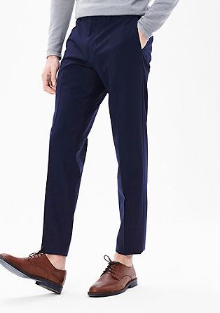 Slim fit: soepele broek van scheerwol