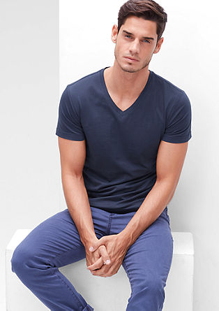 Slim fit V-neck top from s.Oliver
