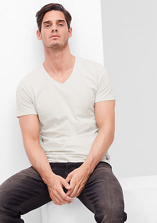 Slim fit V-neck top from s.Oliver